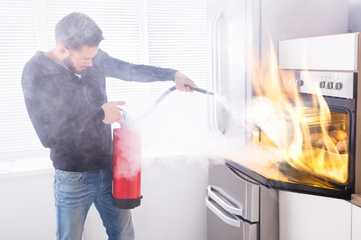 Florida burn injury lawyer, fighting an oven fire