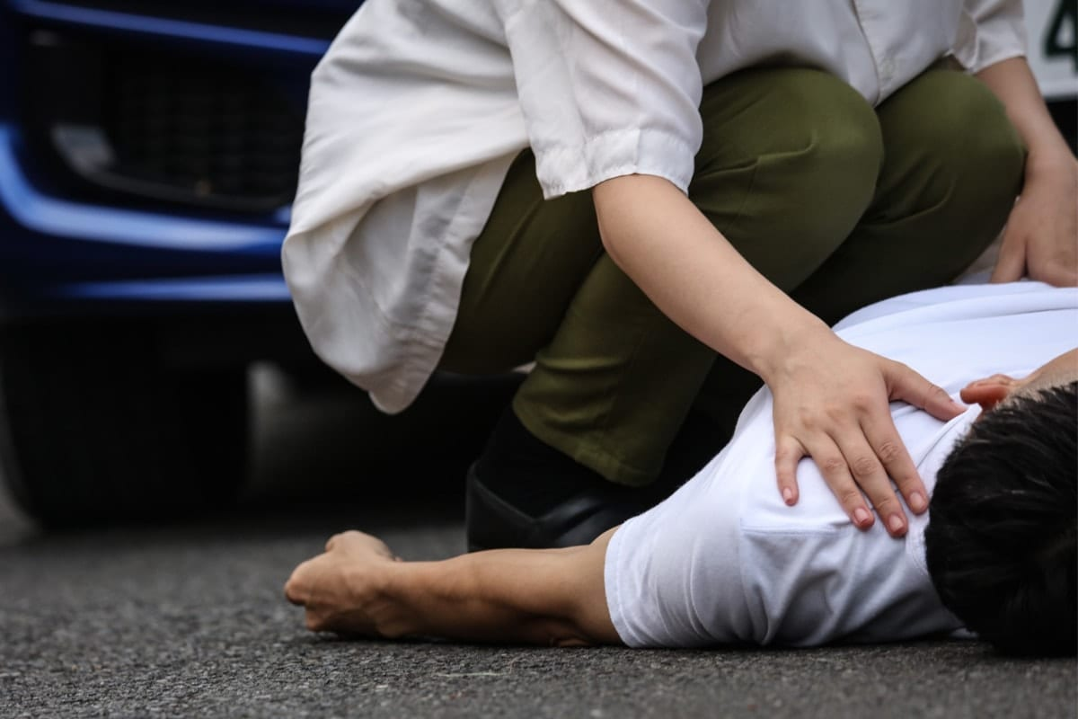 Tampa Pedestrian Accident Attorneys are useful when you are hit like this guy by auto vehicle